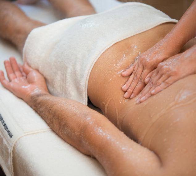 Massage sous eau spa 4